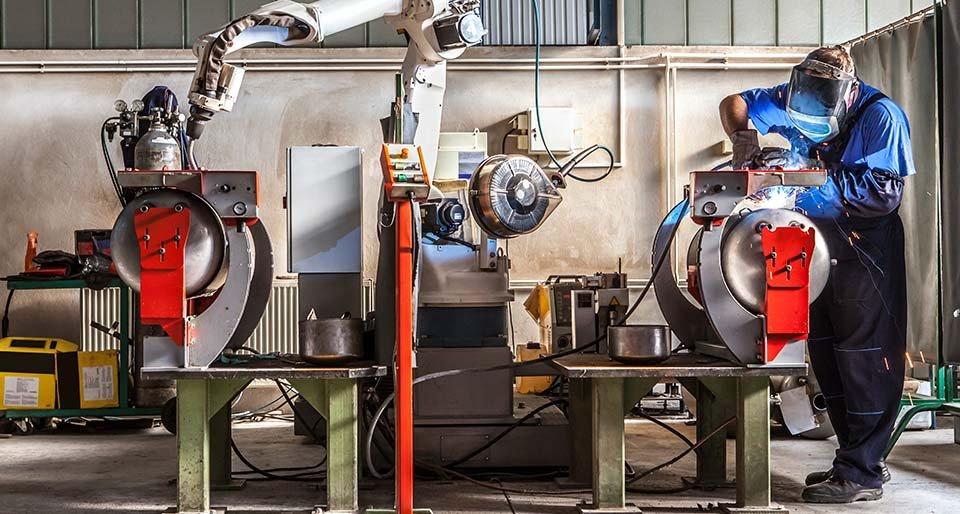 Modul Producție - Materii prime, Stocuri și Comenzi